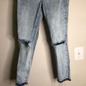 Mid rise skinniest ankle jeans